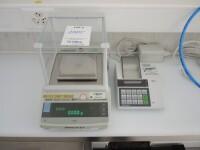 laboratory scale and printer
