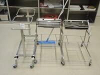 2 x cleaningtrolley,1 X waste trolley