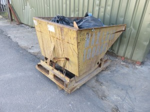 Leonard Fork Lift Tipping Skip, Serial No. 1612 with 1,000kg Max Load
